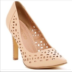 NWT. Restricted Long Island Laser Cut Pumps
